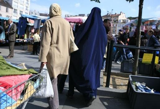 Marokkanen en Turken voelen zich weinig Vlaming