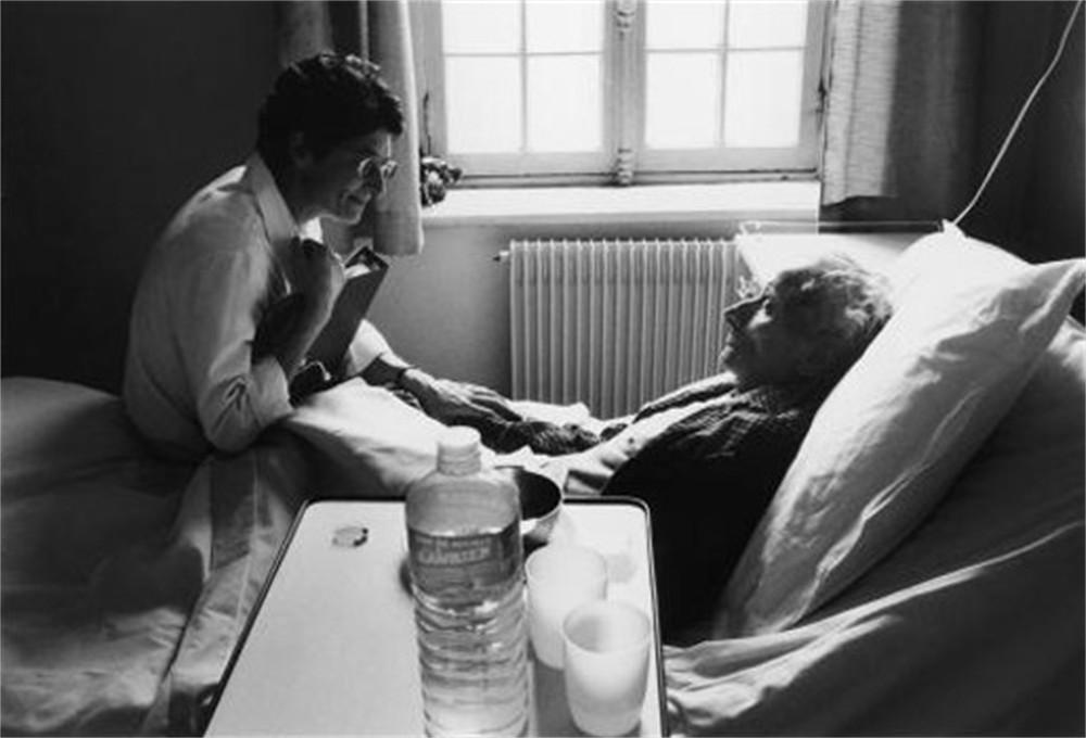 Belles images d'altruisme Huisarts-vrijgepleit-van-vijfvoudige-moord-door-onterechte-euthanasie-id934750-1000x800-n