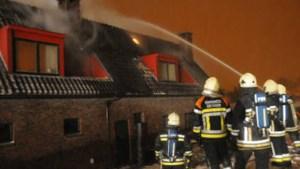 Eigenaar gewond na zware brand in jeneverstokerij