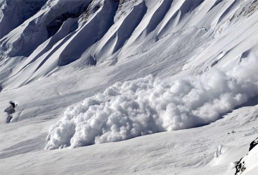 Dodentol door lawines in Alpen  loopt op tot negen