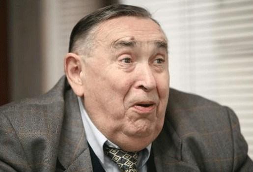 Lokerenvoorzitter Roger Lambrecht niet bestraft voor verbale agressie