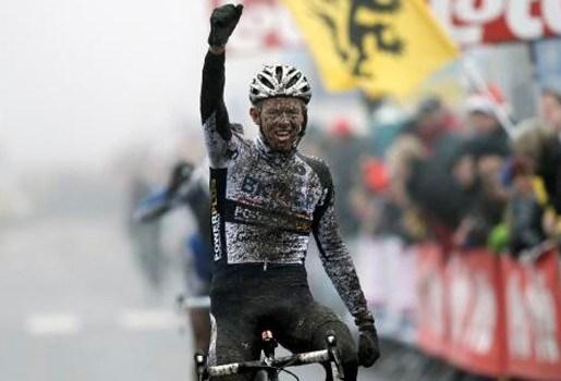 Dieter Vanthourenhout wint Sylvestercross in Bredene