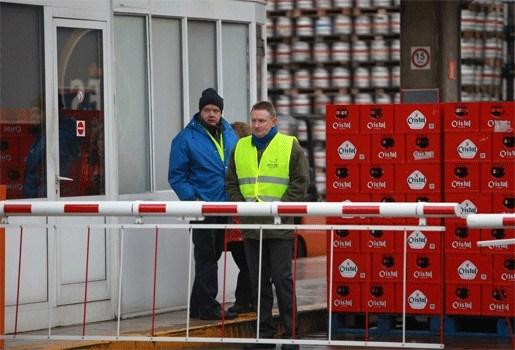 Blokkade bij brouwerij Alken-Maes duurt voort