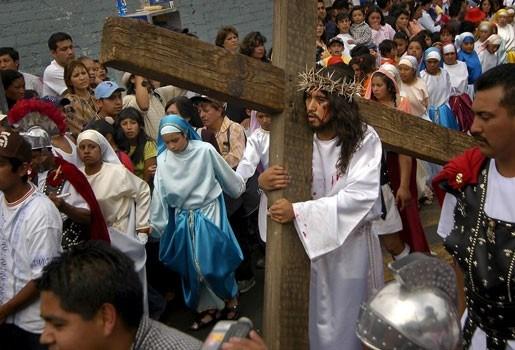 Wereldwijd lichte groei aantal katholieken