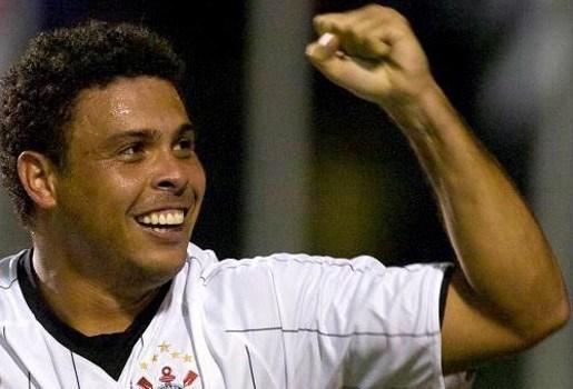 Ronaldo hangt voetbalschoenen aan de haak