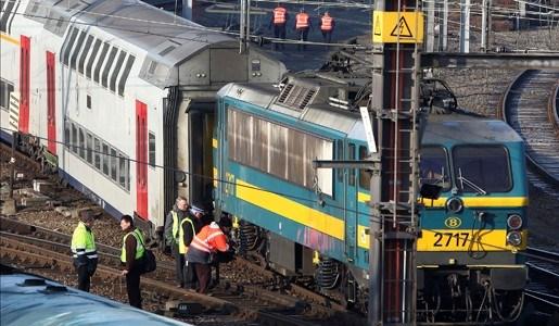 Trein ontspoort in Bergen