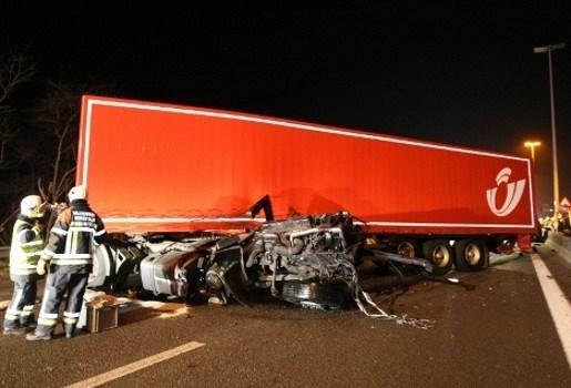 Positieve ademtest voor bestuurder bestelwagen bij dodelijk ongeval op E313