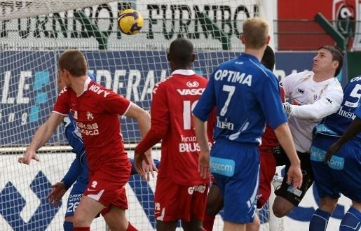 AA Gent pakt drie punten bij KV Kortrijk in slotminuten