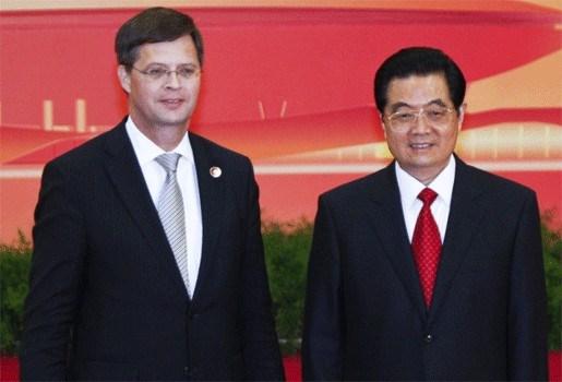 Balkenende pleit in China voor andere aanpak Noord-Korea