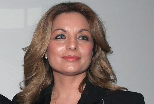 Griekse minister neemt ontslag door frauderende echtgenoot