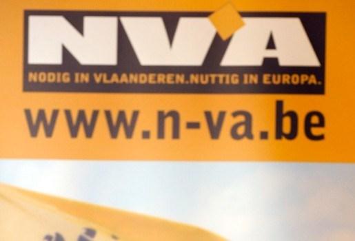 """N-VA: """"Eerste keer betrapt met drugs: 50 euro boete"""""""