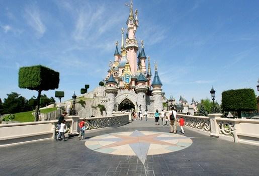 Disneyland zoekt naar werkkrachten in België