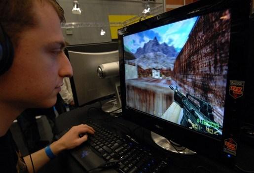 Gamer die rivaal wilde doden krijgt twee jaar cel