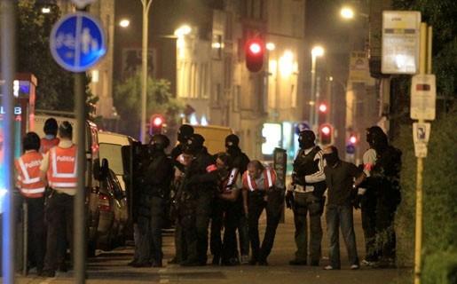Politie controleert opnieuw in rosse buurt