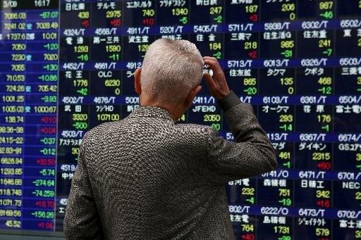 Beurs Tokio zakt meer dan 3% bij aanvang