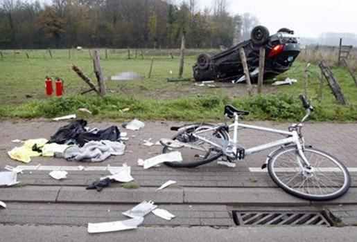 6 maand cel met uitstel voor man die 3 studentes doodreed in Oosterzele