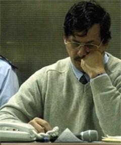 De Clerck neemt geen maatregelen tegen publicatie dossier-Dutroux