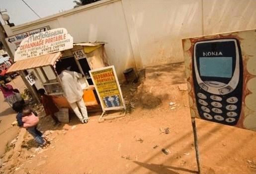 Afrikanen halen steeds meer geld uit hun gsm