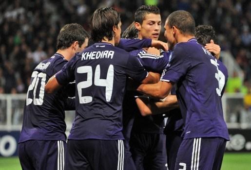 Bijna 1 miljoen euro per speler als Real titel en Champions League pakt