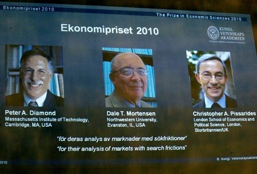 Drie economen delen Nobelprijs met werk over arbeidsmarkt