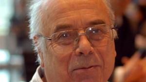 Burgemeester van Herent Willy Kuijpers geeft sjerp door