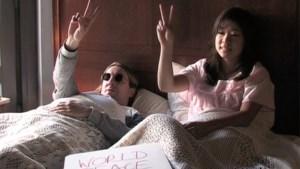 John Lennon in bed van Elsschot (video)