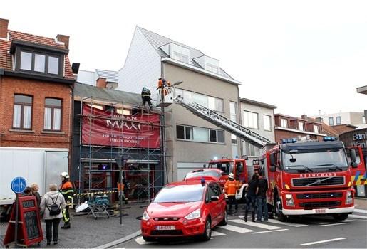 Dakwerker gewond na accidentele brand in Kapellen