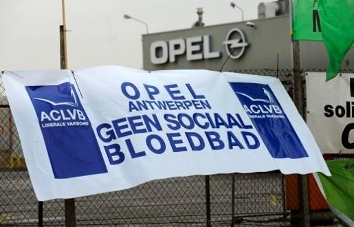 ABVV blokkeert poort Opel Antwerpen