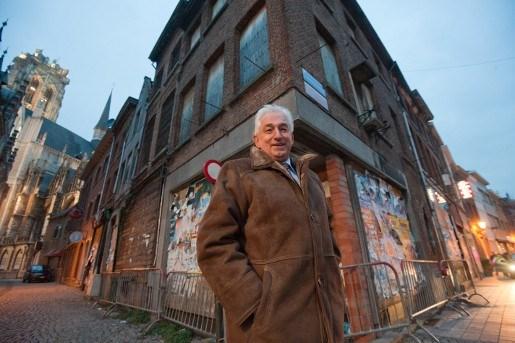 Stad stemt toe in afbraak krotten Grote Markt