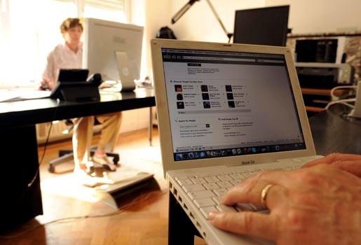 """""""Dataretentierichtlijn"""" wint prijs voor schending van privacy"""