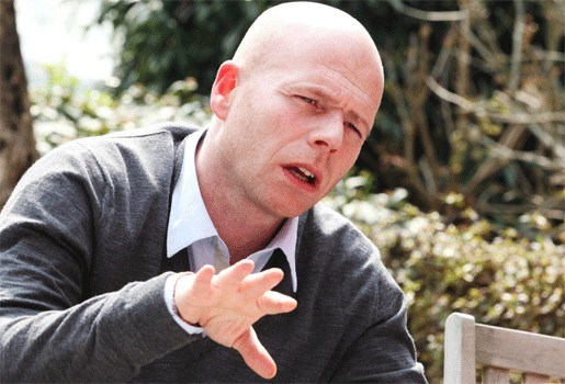 Advocaat Sven Mary dumpt aanbidster Kim De Gelder
