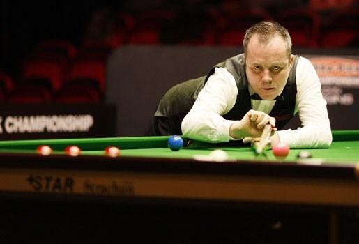Higgins wint UK Championship bij terugkeer na schorsing