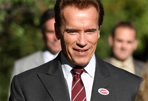 Arnold Schwarzenegger overweegt comeback als acteur