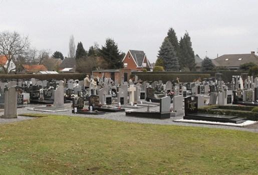 Koperdief teistert kerkhoven in Pajottenland
