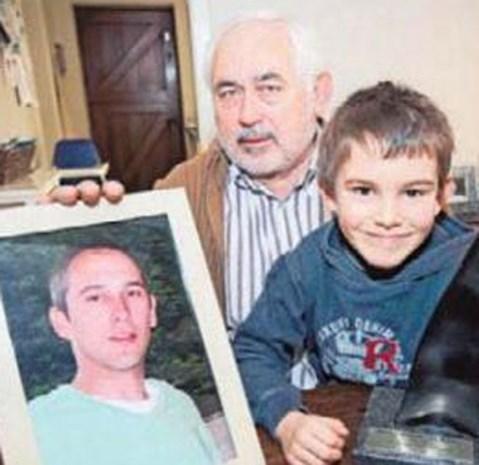 Vader overleden jongen richt fonds op voor starters