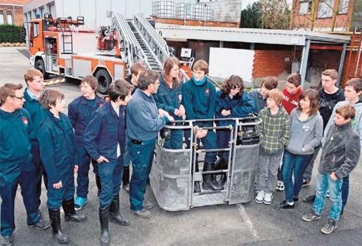 Jeugdbrandweer stoomt 20 enthousiaste jongeren klaar voor echte werk