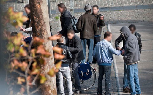 Kopers van drugs massaal opgepakt in Antwerpen-Noord