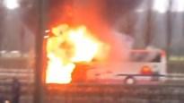 Bus met schoolkinderen vliegt in brand op E411 (video)