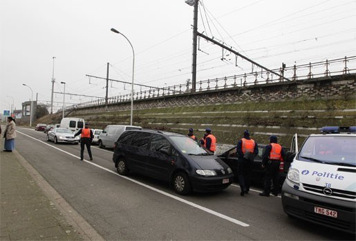 Politie neemt 90 auto's per maand in beslag