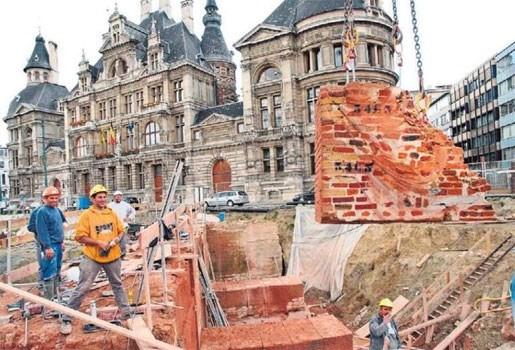 Stadsbestuur ergert zich aan vertragingen bij openbare werken