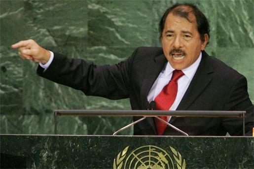President Nicaragua biedt Kadhafi politiek asiel aan