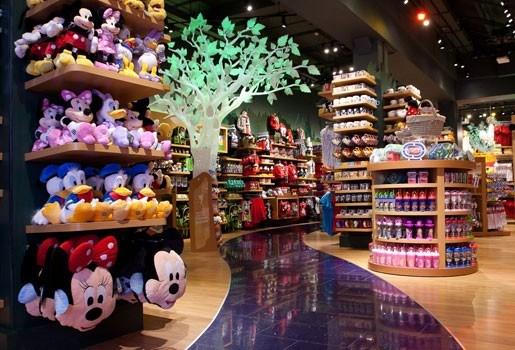 Eerste Disney store opent op de Meir