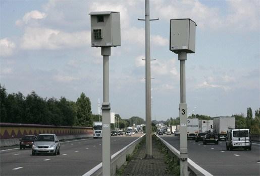Flitskassa: Controles op E17 na 1 week al goed voor 29.000 euro