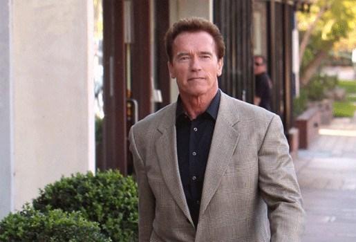 Schwarzenegger viert comeback in TV-serie
