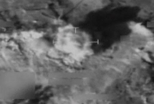 Video: Britse troepen voeren luchtaanval uit