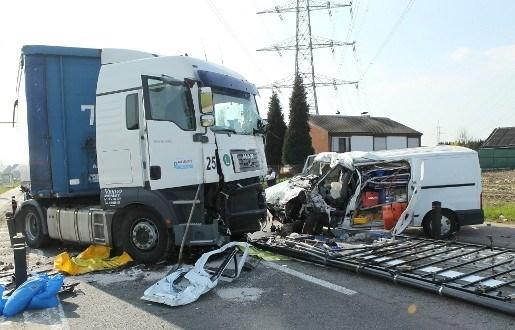Twee chauffeurs overleden na ongeval in Aartselaar