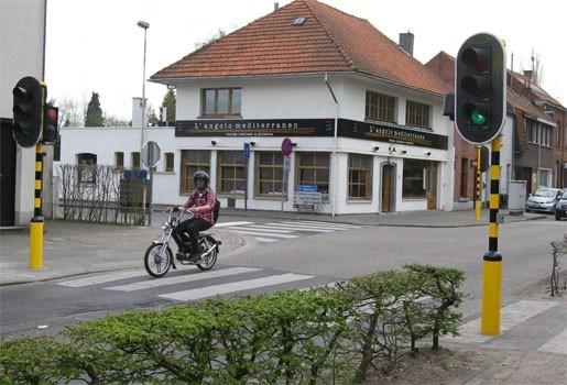 Kapellen plaatst verkeerslichten