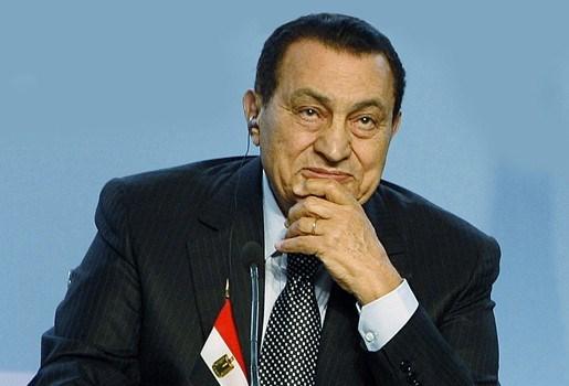Hechtenis Egyptische president Hosni Moebarak 15 dagen verlengd