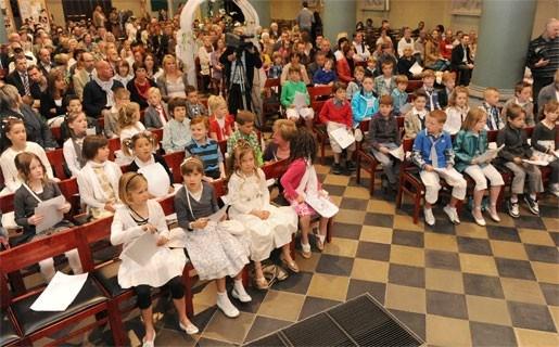 Meer communicanten ondanks crisis in Kerk