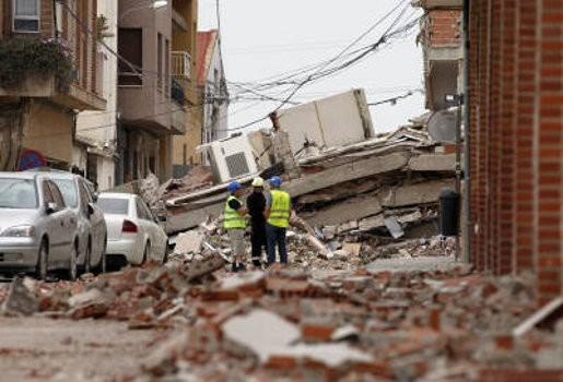 Negen doden na aardbeving Spanje